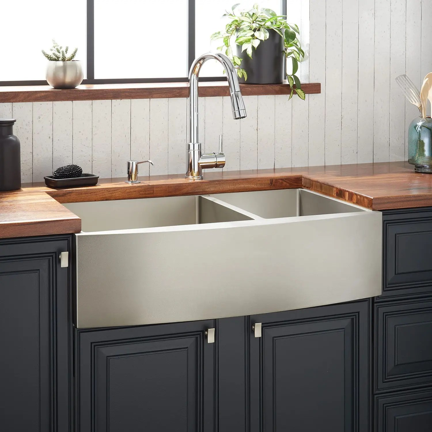 36 atlas 60 40 offset double bowl stainless steel farmhouse sink curved apron pewter