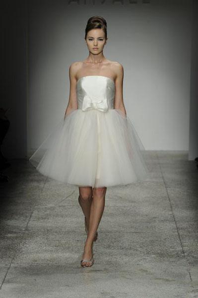 Bridal Market 2010 - Amsale :  wedding bridal market 2010 Val6962  _VAL6962