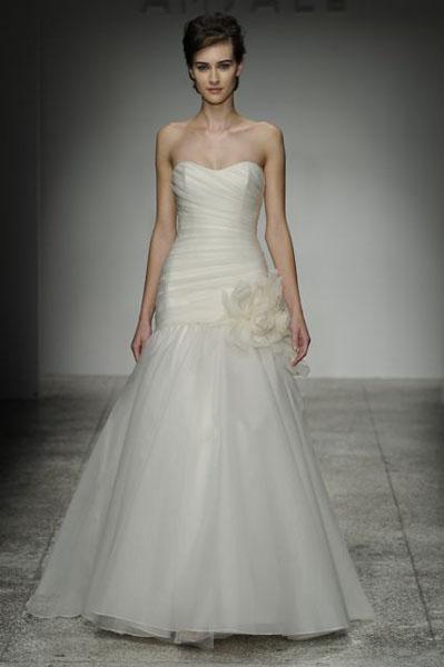 Bridal Market 2010 - Amsale :  wedding bridal market 2010 Val7144  _VAL7144