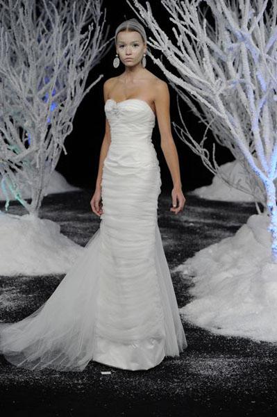 Bridal Market 2010 - Douglas Hannant :  wedding bridal market 2010  Val3914 _VAL3914