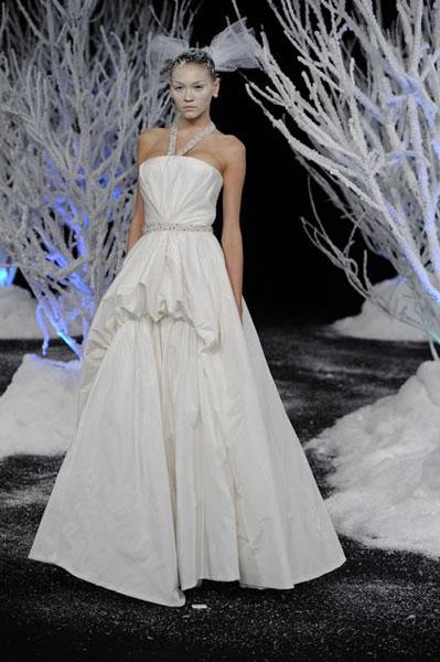 Bridal Market 2010 - Douglas Hannant :  wedding bridal market 2010  Val4037 _VAL4037