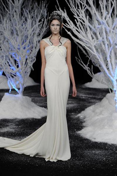 Bridal Market 2010 - Douglas Hannant :  wedding bridal market 2010  Val4062 _VAL4062