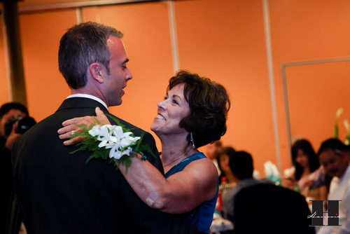 With this Wing: Dancin' With His Mama :  wedding pictures pro pics recap san diego Recepti018 Recepti018