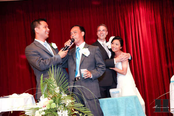 With this Wing: Deal or No Deal Wedding Edition  :  wedding pictures pro pics recap san diego Recepti041 Recepti041