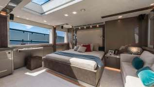 Cannes Yachting Festival 2017_ Monte Carlo Yachts MCY 96_prezzo_price_0-1004