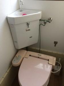 和泉市 トイレタンク水漏れ
