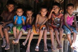 sumba-children