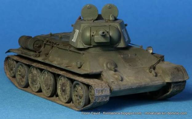 1/72 Zvezda 5001 – T-34/76 model 1943 – Snap Kit