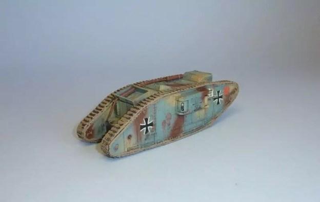 Emhar World war one Mk.IV Captured Female tank 1/72.