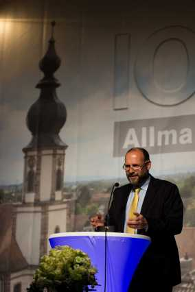 Bürgermeister W. Brucker beim Grußwort. Foto: S. Leppert/Förderverein