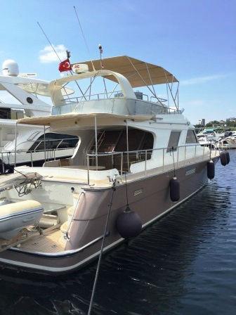 yacht-vedette-flybridge-18m-2011-a-vendre- (1)