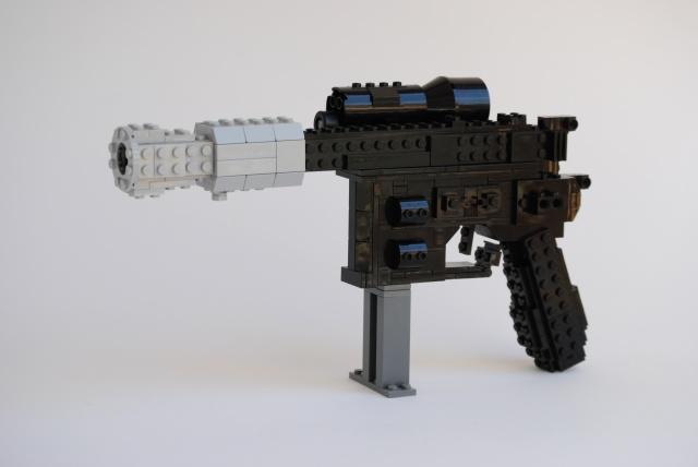 Working DL-44 Blaster, by Actionfigure, on Eurobricks
