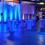 Expand Housse Pour Tables Hautes Rose – Couverture, Revêtement, Nappe Pour Tables Mange-Debout – Ø 80cm-86cm – Stretch