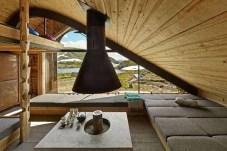 hunting-lodge-interior-design-640x427