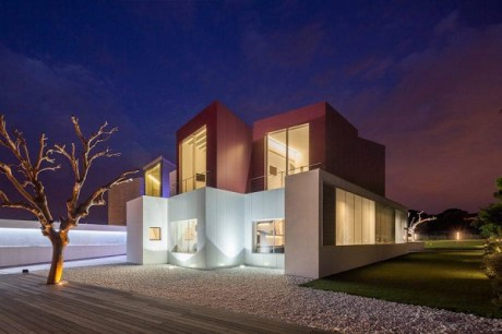 Superb-Geometric-House-in-Madrid0-900x600