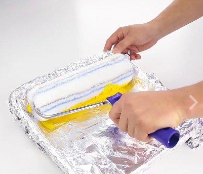 Papel alumínio para evitar sujidade na hora da pintura
