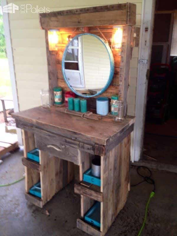Makeup Vanity Made From Reclaimed Wooden Pallets 1001