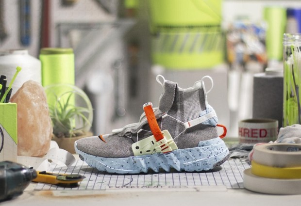 Nike yeni tarzını çöpten yarattı