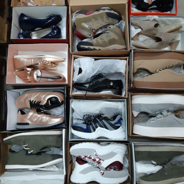 Įvairių Batų Paletės Kilogramais / Pallets Of Mixed Shoes