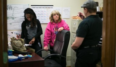 Quick Response Teams Aim to Get More Opioid Overdose Patients into Treatment