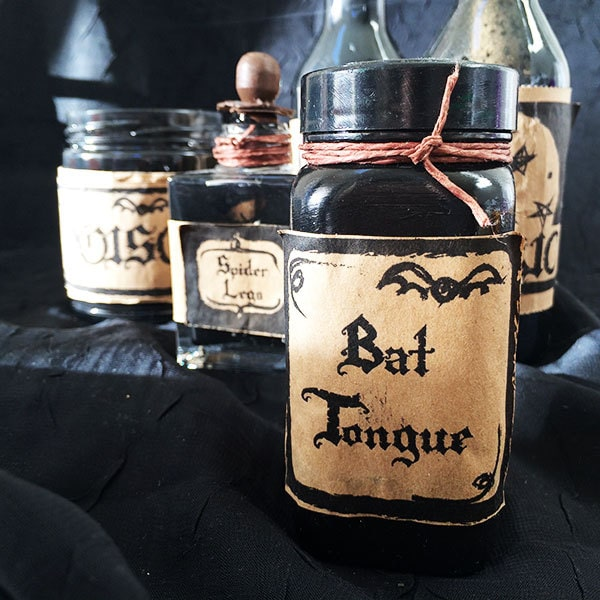 https://i2.wp.com/www.100directions.com/wp-content/uploads/2012/10/Halloween-potion-labels-feature-2014.jpg?resize=600%2C600