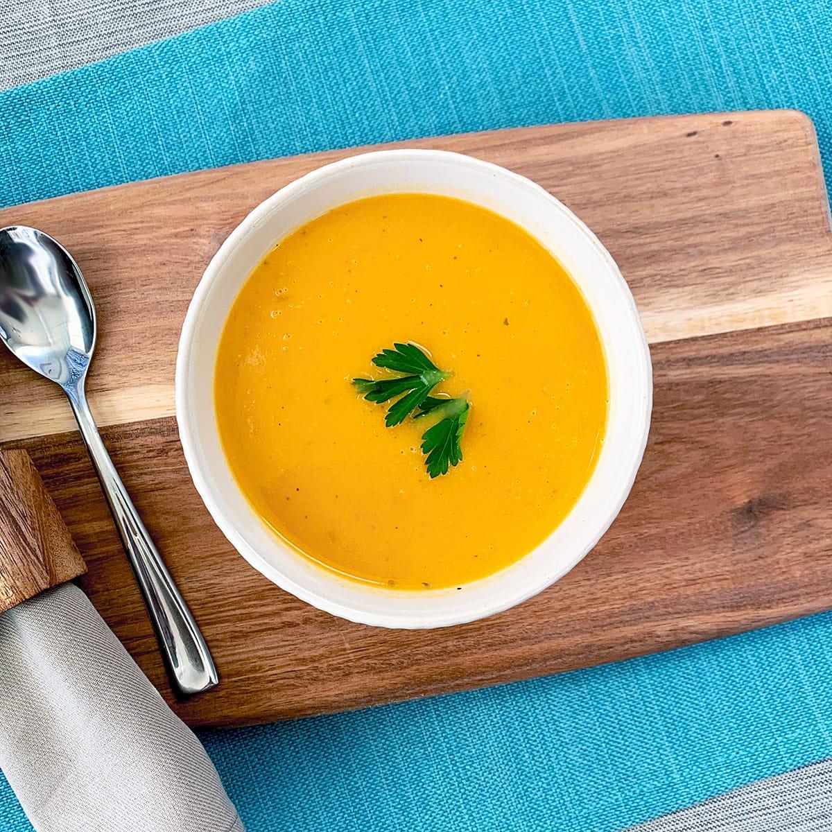 Easy Creamy Butternut Squash Soup Recipe