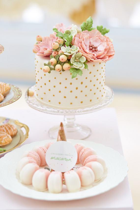 Derby Inspired Cake