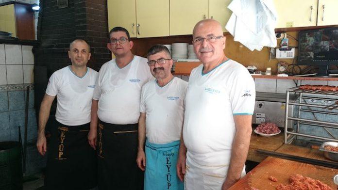 kebapçıkebapçı eyüpün en eski çalışanları