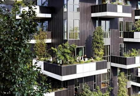 epa04495505 A handout released by the German Architecture Museum shows the gardens of the office highrise?Bosco Verticale in Milan, Italy, 27?June 2014. The unusual building has won the International Highrise Award worth 50,000 euros. It has been awarded every two years by the city of Frankfurt and the German Architecture Museum since 2004.  EPA/KIRSTEN BUCHER / HANDOUT MANDATORY CREDIT HANDOUT EDITORIAL USE ONLY/NO SALES