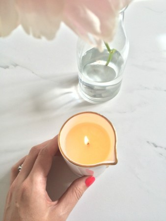 neom-treatment-candle-4