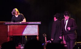 Blues Brothers 123118 (41)