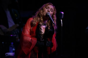 HALEY REINHART_011-2