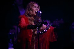 HALEY REINHART_017-2