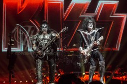 kiss Omaha rkh images (28 of 164)