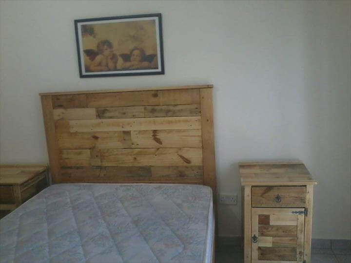 Old Headboard Made Out Pallets