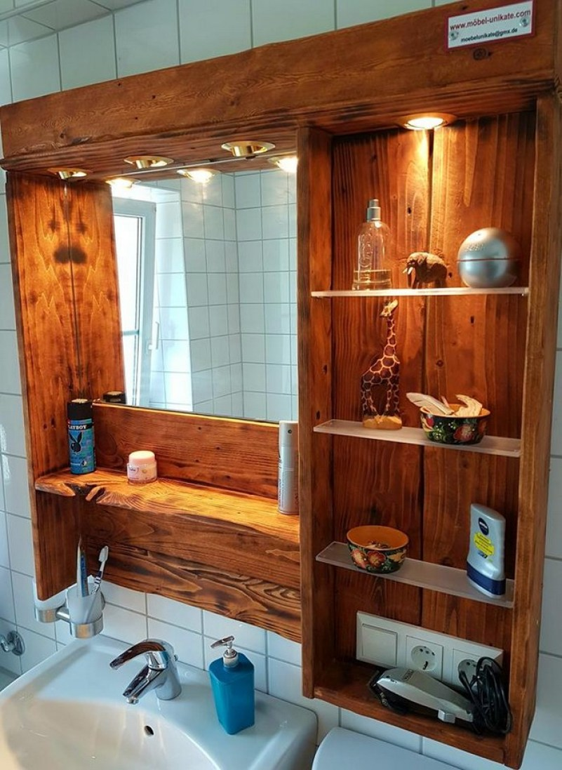 Upcycled Pallet Mirror Cabinet