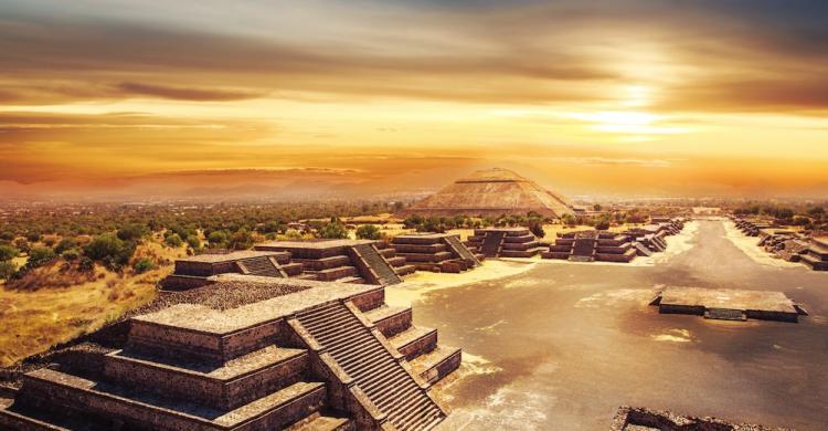 Tour A Las Pir 225 Mides De Teotihuac 225 N Al Amanecer Ciudad De
