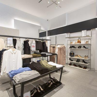 Architect-Retail-Mango-Store-7