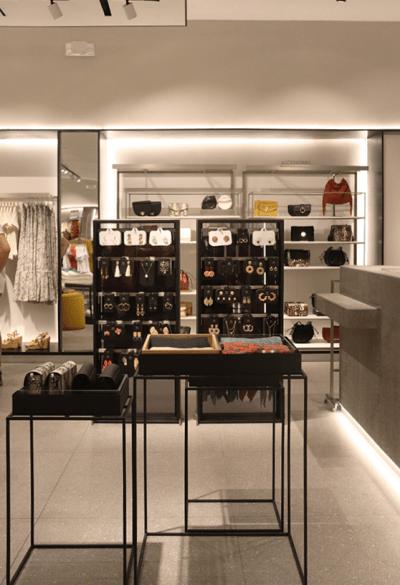 Architect-Retail-Mango-Store-Miraflores-5