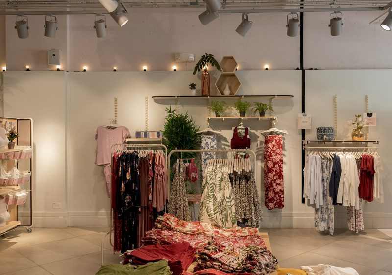 Architect-Retail-WomenSecret-Store-AE-3