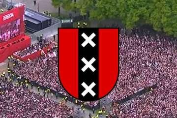 Banner Ajax Museumplein Landskampioen