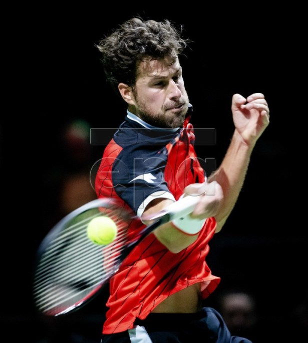Dutch player Robin Haase in action during his first round match against Mikhail Kukushkin of Kazakhstan at the ABN AMRO World Tennis Tournament in Rotterdam, The Netherlands, 11 February 2019.  EPA-EFE/ROBIN VAN LONKHUIJSEN