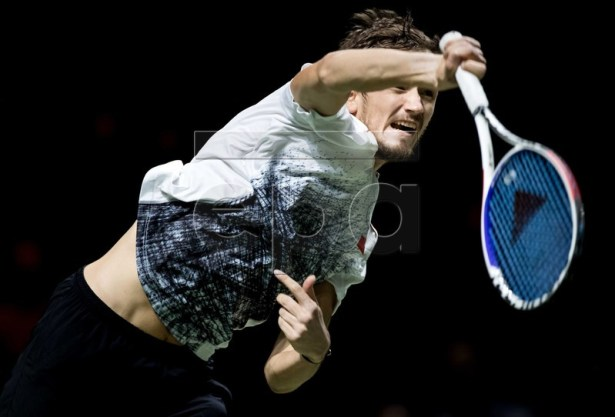 Daniil Medvedev of Russia in action against Jo-Wilfried Tsonga of France during their match at the ABN AMRO World Tennis Tournament in Rotterdam, The Netherlands, 15 February 2019. EPA-EFE/KOEN VAN WEEL
