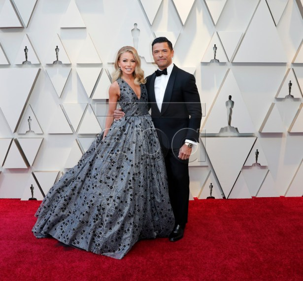 Kelly Ripa and Mark Consuelos arrive for the 91st annual Academy Awards ceremony at the Dolby Theatre in Hollywood, California, USA, 24 February 2019. The Oscars are presented for outstanding individual or collective efforts in 24 categories in filmmaking.  EPA-EFE/ETIENNE LAURENT