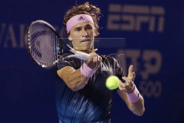 Alexander Zverev of Germany returns the ball to David Ferrer of Spain during their Mexico Tennis Open round of 16 match held in Acapulco, Mexico, 27 February 2019. EPA-EFE/David Guzman