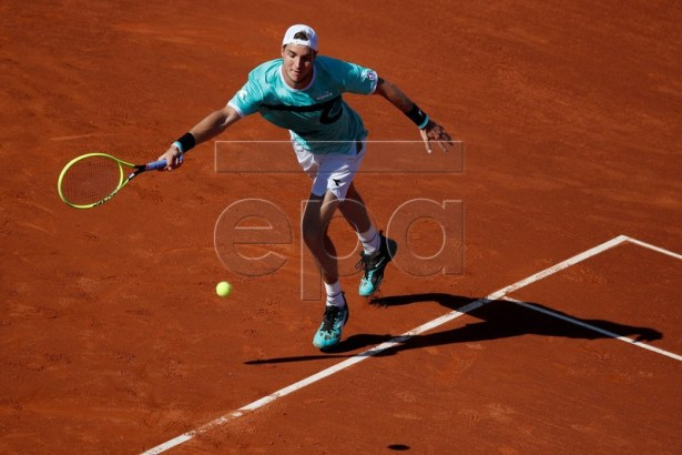 Jan-Lennard Struff of Germany in action during his quarter final men's single match of the 67th Barcelona Open Trofeo Conde de Godo tennis tournament against Rafa Nadal of Spain, in Barcelona, Spain, 26 April 2019. EPA-EFE/ALEJANDRO GARCIA