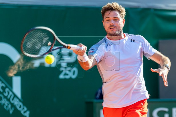 Stan Wawrinka of Switzerland in action during his match against Damir Dzumhur of Bosnia at the Geneva Open tennis tournament in Geneva, Switzerland, 22 May 2019.  EPA-EFE/MARTIAL TREZZINI