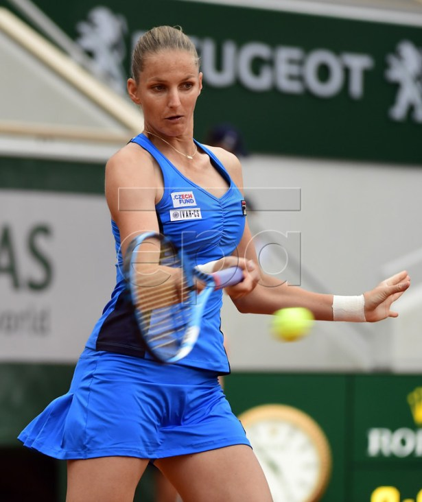 Karolina Pliskova of Czech Republic plays Madison Brengle of the USA during their women?s first round match during the French Open tennis tournament at Roland Garros in Paris, France, 26 May 2019. EPA-EFE/CAROLINE BLUMBERG