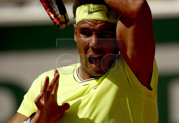 Rafael Nadal of Spain plays Juan Ignacio Londero of Argentina during their men?s round of 16 match during the French Open tennis tournament at Roland Garros in Paris, France, 02 June 2019. EPA-EFE/YOAN VALAT