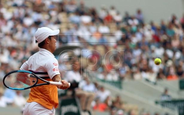 Kei Nishikori of Japan plays Rafael Nadal of Spain during their men?s quarter final match during the French Open tennis tournament at Roland Garros in Paris, France, 04 June 2019. EPA-EFE/SRDJAN SUKI